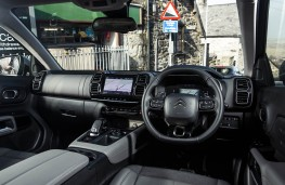 Citroen C5 Aircross, interior, automatic