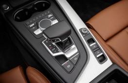Audi A5 Cabriolet, 2017, centre console