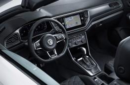 Volkswagen T-Roc Cabriolet, 2019, interior