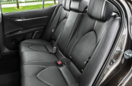 Toyota Camry, 2019, rear seats