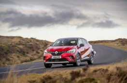 Renault Captur, 2020, front, action