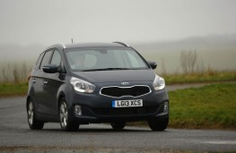 Kia Carens, front, action