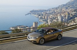 Vauxhall Cascada, roof up