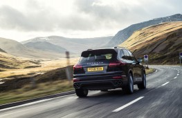 Porsche Cayenne S Diesel, rear, action