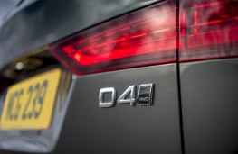 Volvo V60 Cross Country, 2019, badge