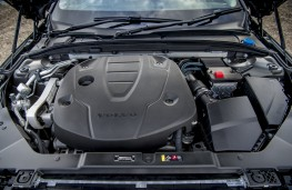 Volvo V60 Cross Country, 2019, D4 engine