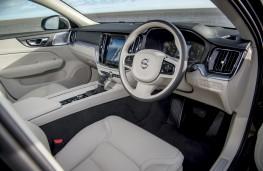 Volvo V60 Cross Country, 2019, interior