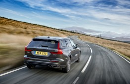 Volvo V60 Cross Country, 2019, rear