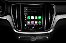 Volvo V60 Cross Country, 2019, display screen