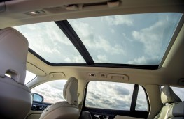 Volvo V60 Cross Country, sun roof