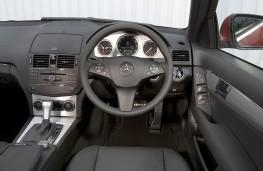 Mercedes C-Class Estate Sport, interior