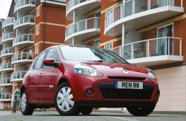 Renault Clio Expression Eco, front