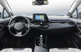 Toyota C-HR, 2019, interior
