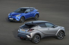 Toyota C-HR, 2017, pair