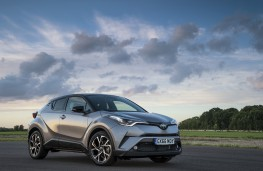 Toyota C-HR Limited Edition, 2017, side