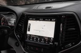 Jeep Cherokee, 2018, display screen