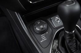 Jeep Cherokee, 2018, SelecTrac control