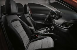 Fiat Tipo Cross, 2020, interior