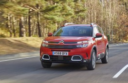 Citroen C5 Aircross, front action 2