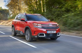 Citroen C5 Aircross, front action 3