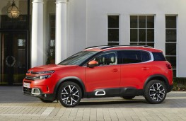 Citroen C5 Aircross, side static