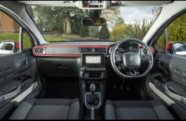 Citroen C3, dashboard red