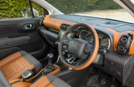 Citroen C3 Aircross, dashboard 2