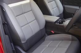 Citroen C5 Aircross, front seats
