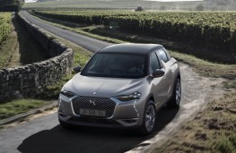DS 3 Crossback, front action