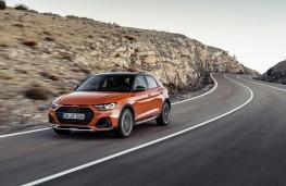 Audi A1 citycarver, 2019, front, action