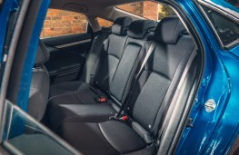 Honda Civic saloon, 2018, rear seats