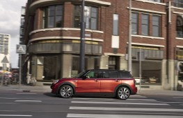 MINI Clubman, 2019, side