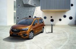 Vauxhall Combo e-Life, 2021, charging
