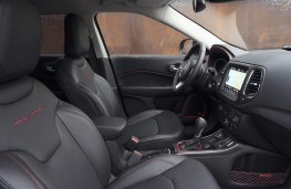 Jeep Compass Trailhawk, 2019, interior