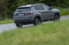 Jeep Compass Trailhawk, 2019, side