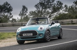 MINI Cooper Convertible, 2016, front, action