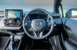 Toyota Corolla, dashboard