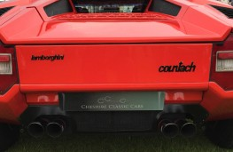 Cholmondeley Power and Speed 2016, Lamborghini Countach LP400 Periscopo, 1977, rear