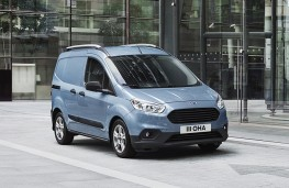 Ford Transit Courier, 2018, front
