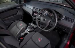 SEAT Arona FR, 2018, interior