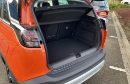 Vauxhall Crossland X, 2017, boot
