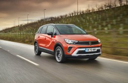 Vauxhall Crossland, 2021, front, action