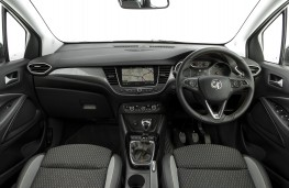 Vauxhall Crossland X, 2017, interior