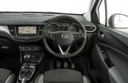 Vauxhall Crossland X, 2017, dashboard