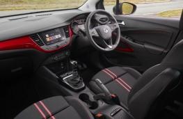Vauxhall Crossland, 2021, interior