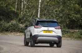 Vauxhall Crossland X, 2017, rear, action
