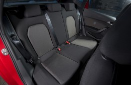SEAT Arona FR, 2018, rear seats