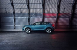 Volvo C40 Recharge, 2021, side