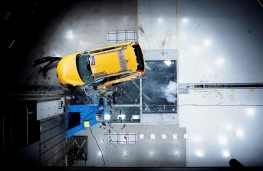 Volvo XC60, 2017, crash test, side