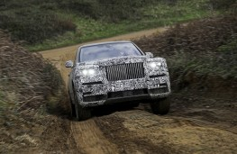 Rolls-Royce Cullinan, 2018, off road